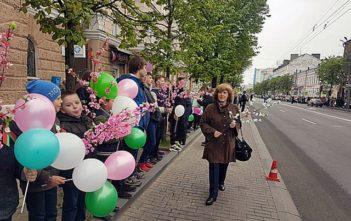 9 мая. Праздничный парад-шествие. Фотозарисовки