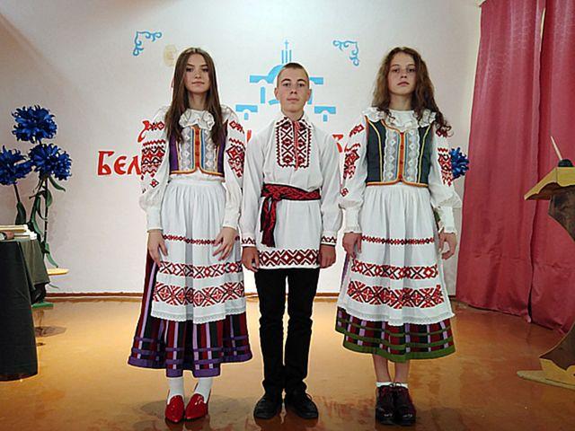 Адкрываю, як свет, нанова беларускае роднае словам